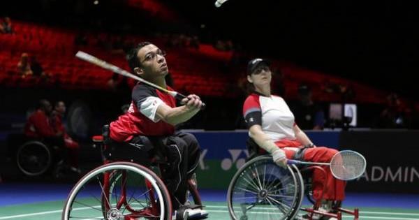 Badminton & Non Solo-AccessEmotion