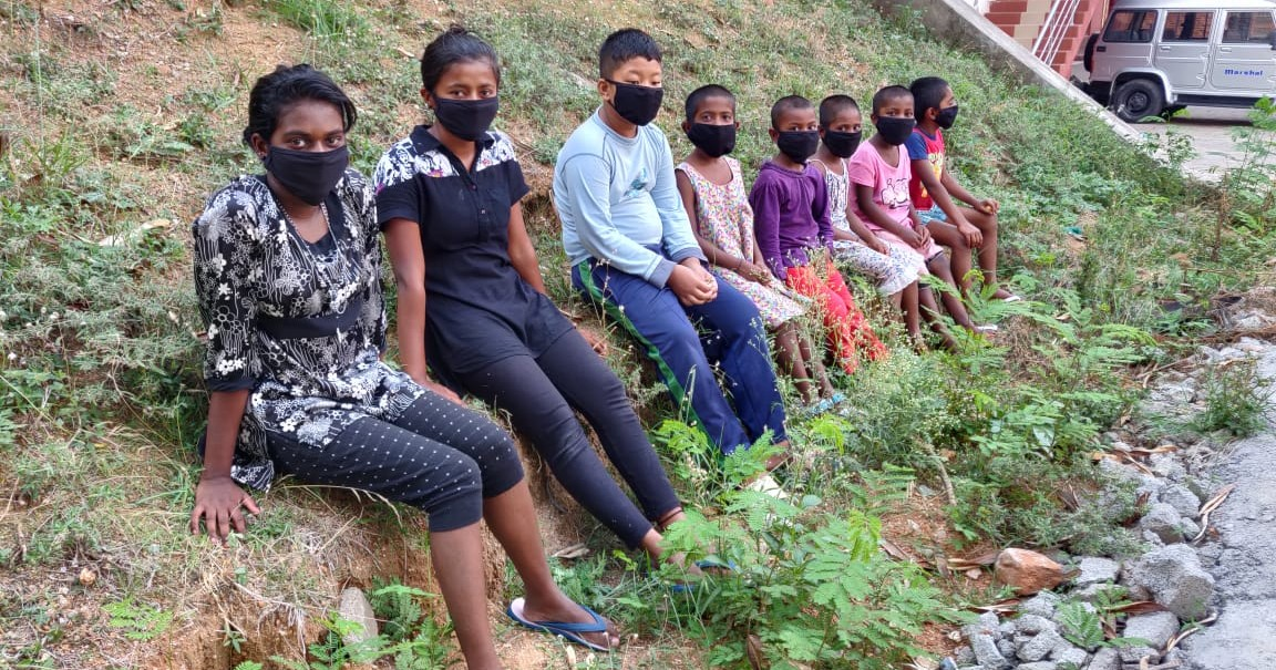 India: riaccendi il sorriso dei bimbi -Vanaprastha
